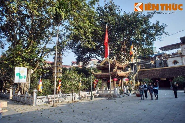 Chua Lien Phai - doa sen tuyet dep cua kinh thanh Thang Long-Hinh-16