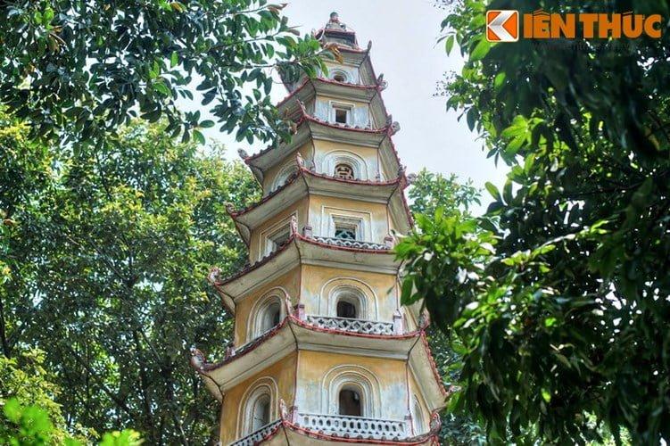 Chua Lien Phai - doa sen tuyet dep cua kinh thanh Thang Long-Hinh-6