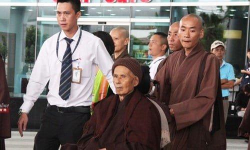 Thien su Thich Nhat Hanh ve Da Nang tinh duong
