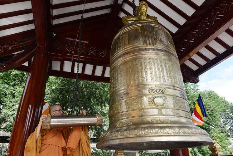 Can canh noi tho xa loi trai tim cua Bo tat Thich Quang Duc-Hinh-6