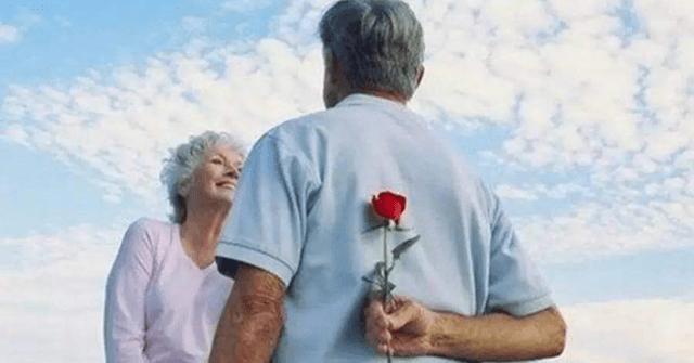 """Kết quả hình ảnh cho Câu chuyện về người già khao khát được yêu thương"""""""